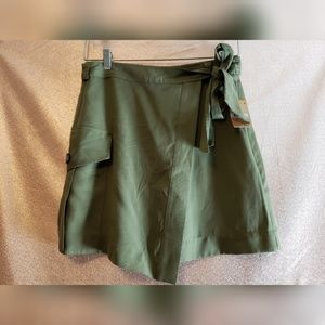 NWT Rachel Roy Mini Wrap Skirt Green